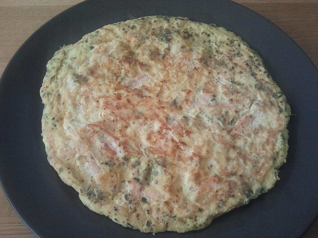 Omelet met zalm en dille