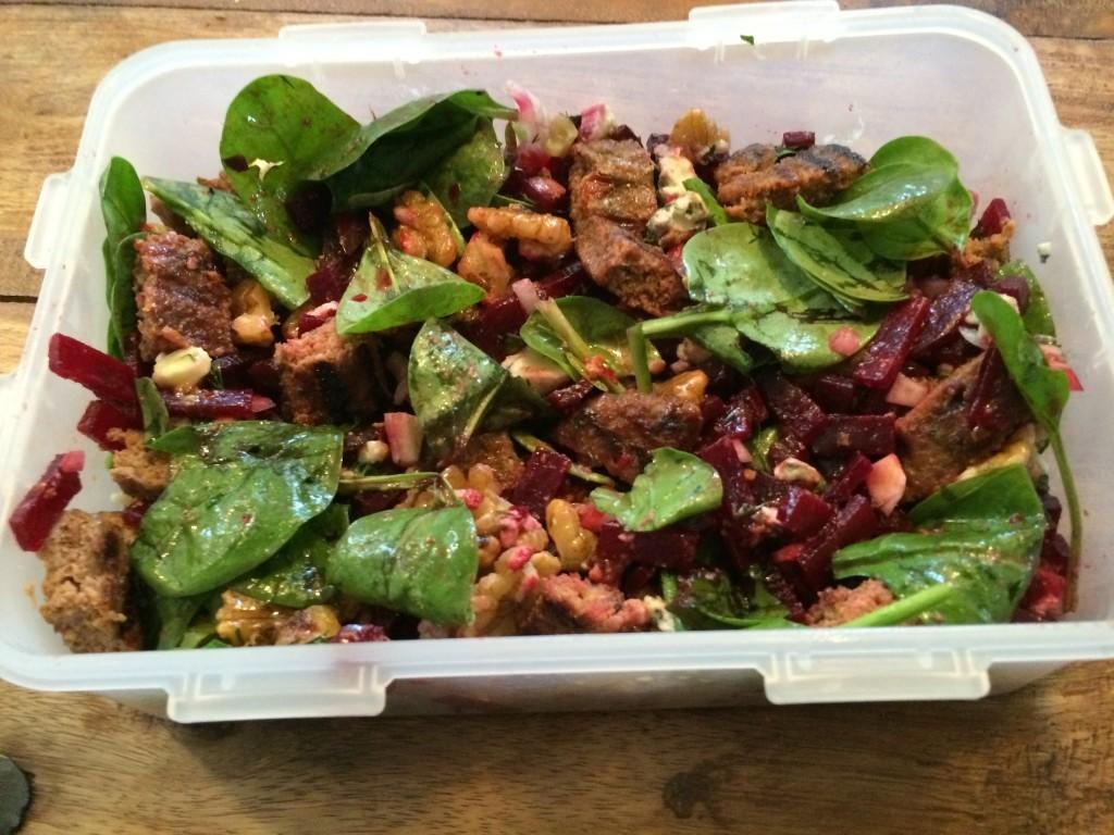 Spinazie bieten salade